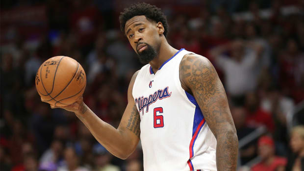 Report: Clippers pushing DeAndre Jordan to reconsider Mavs agreement-- IMAGE