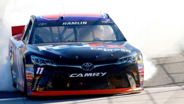 Hamlin_NASCAR_960.jpg