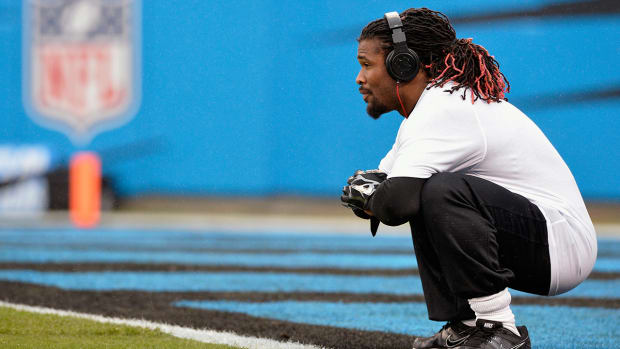 2157889318001_4078986445001_DeAngelo-Williams-says--nobody--from-Panthers-came-to-mom-s-funeral.jpg
