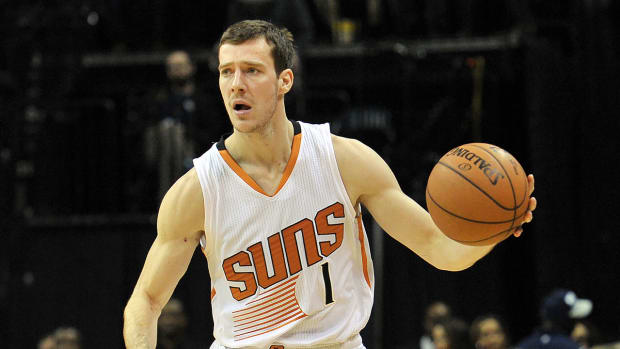Report: Suns want to re-sign Goran Dragic IMAGE