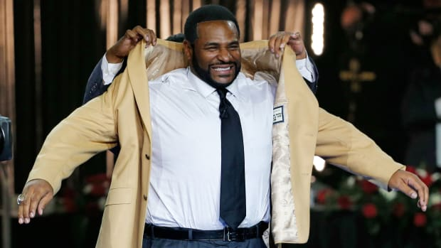 jerome-bettis-hall-of-fame.jpg