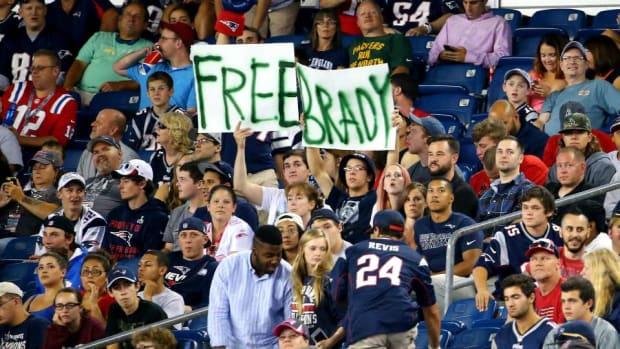 patriots-free-tom-brady.jpg