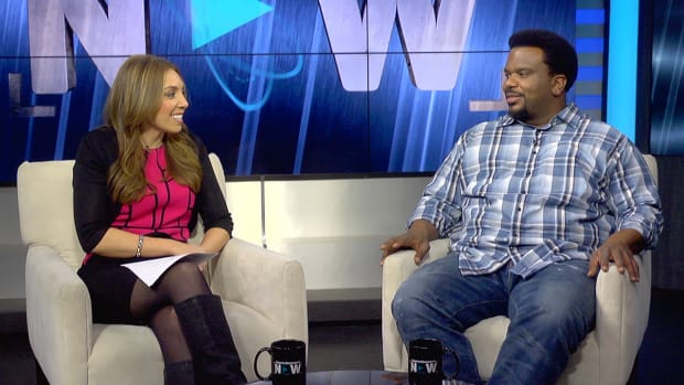Who is Craig Robinson's favorite SI Swimsuit Model-image
