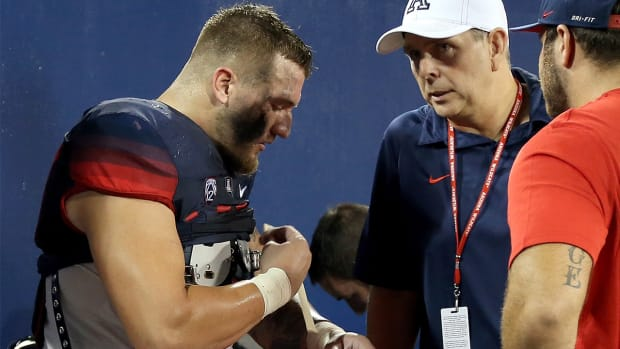 Arizona LB Scooby Wright out three to four weeks with knee injury--IMAGE