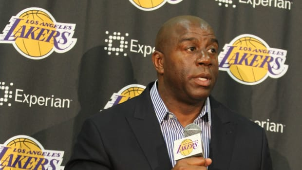 lakers-magic-johnson-tanking
