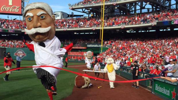 nationals-president-race-easter-bunny-mascots.jpg