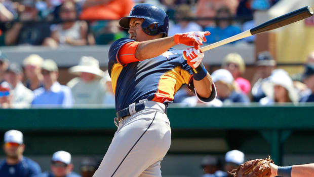 carlos-correa-houston-astros-fantasy-baseball-waiver-wire.jpg