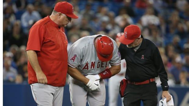 albert-pujols-hand-injury.jpg