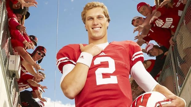 Yippee Ki-yazy: How Wisconsin quarterback Joel Stave got over his case of the yips