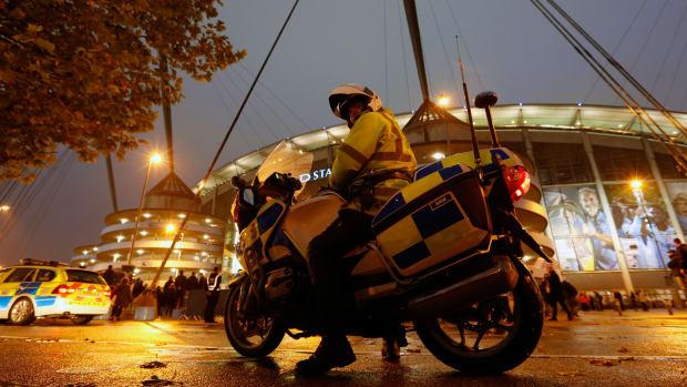manchester-city-soccer-fans-riot.jpg