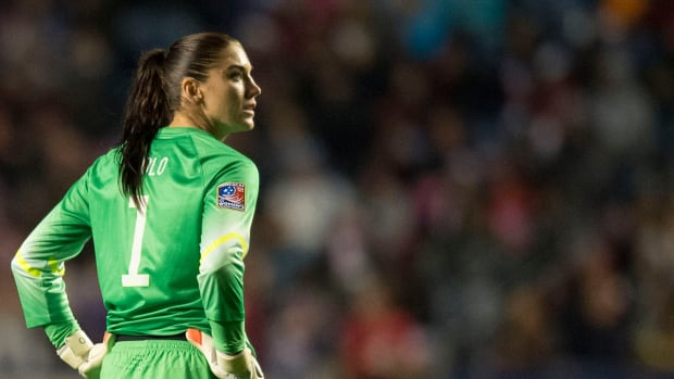 U.S. Soccer suspends Hope Solo for 30 days IMAGE