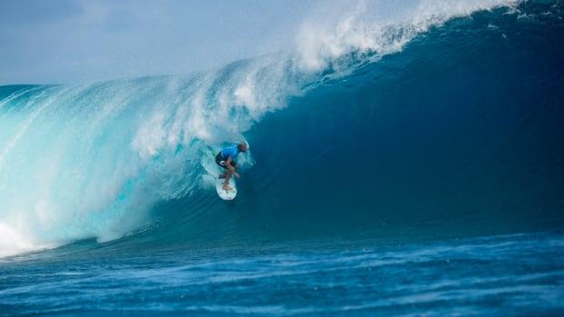 owen-wright-wsl-surfing-fiji-pro-960.jpg