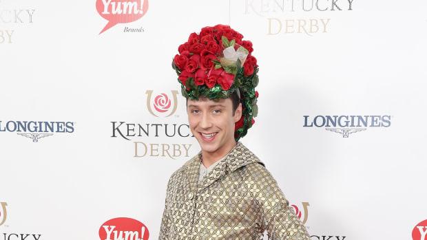 kentucky-derby-hat-johnny-weir-mint-julep-photos.jpg