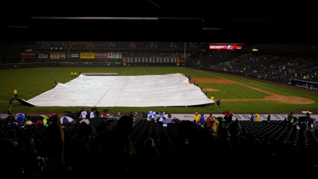 dodgers-rockies-rain-delay-tic-tac-toe.jpg
