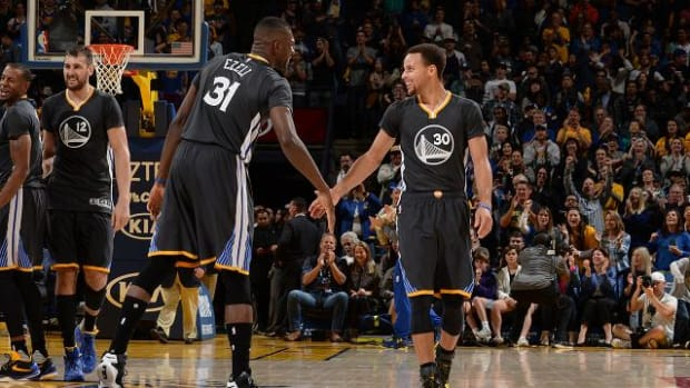 NBA Power Rankings: Undefeated Warriors remain on top - IMAGE