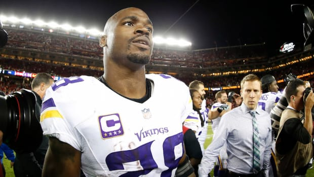 minnesota-vikings-adrian-peterson-riddle.jpg