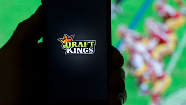 New York attorney general opens inquiry into daily fantasy games--IMAGE