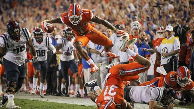 Florida is winning again thanks to dominant defense led by cornerback Vernon Hargreaves III