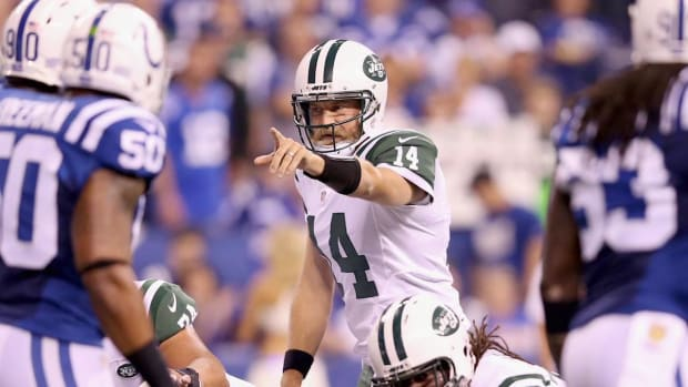 Jets QB Ryan Fitzpatrick will remain starter after Geno Smith returns--IMAGE