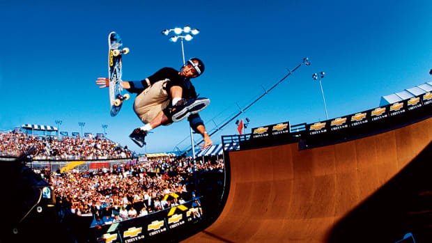 tony-hawk-skateboarding-video-game-tim-layden-si-vault-960.jpg