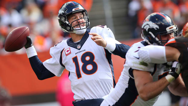 Broncos and Bengals remain perfect for another week IMAGE