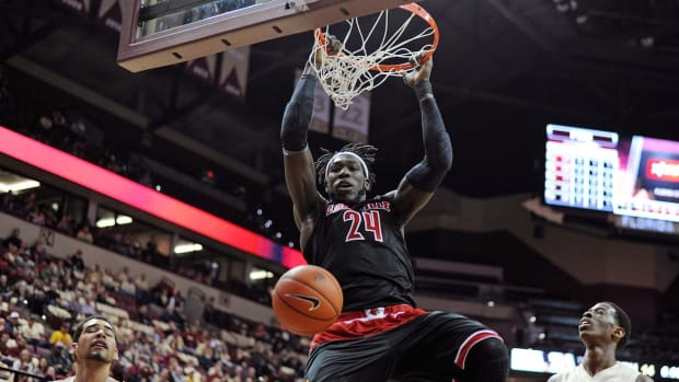 Fast Breaks: (4) Louisville vs. (13) UC Irvine preview IMAGE