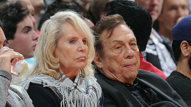 Former Clippers owner Donald Sterling files for divorce--IMAGE