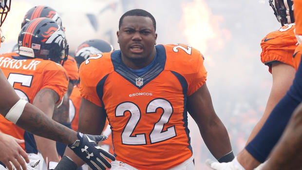 Watch: Broncos RB C.J. Anderson surprises grandmother with new car