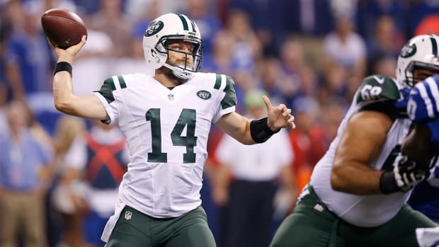 Jets beat the Colts 20-7 on Monday Night Football - IMAGE