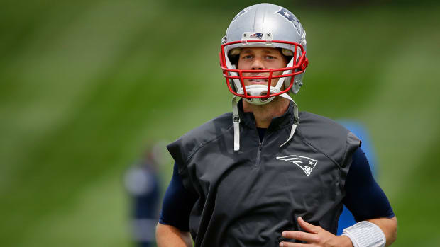 What do Tom Brady and Patriots do next after upheld suspension? IMAGE