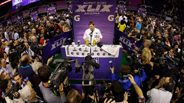 super-bowl-xlix-media-day-tom-brady-new-england-patriots.jpg