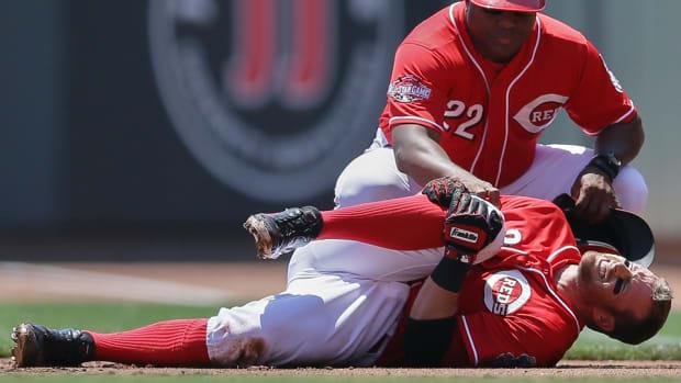 cincinnati-reds-zack-cozart-injury-knee-surgery.jpg