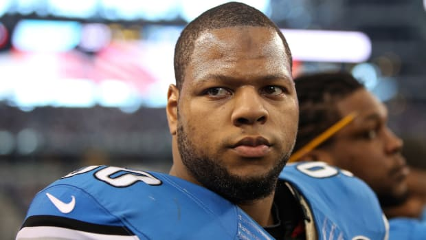 Ndamukong Suh Miami Dolphins contract details