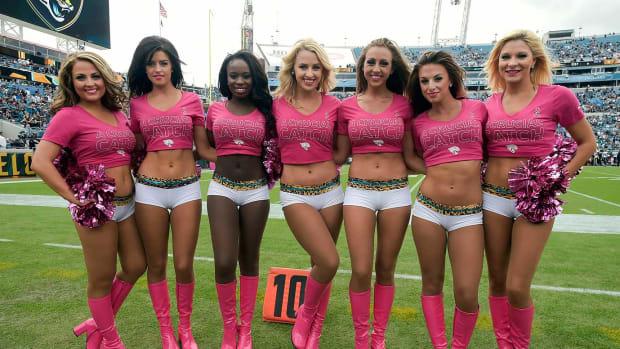 Jacksonville-Jaguars-ROAR-cheerleaders-AP_100347216515.jpg
