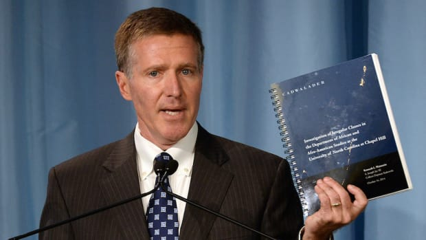 unc academic fraud case basketball bogus classes admissions wainstein report