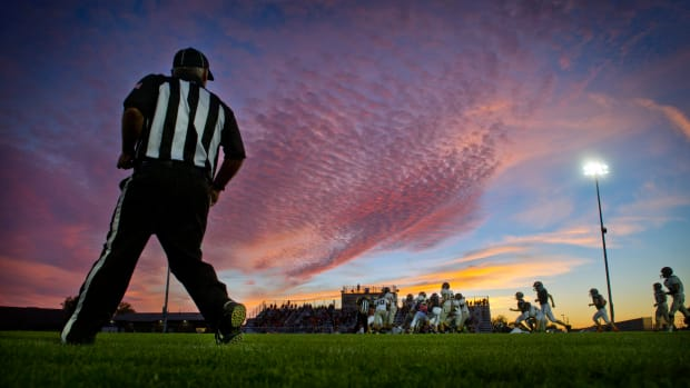 zaevion-dobson-high-school-football-dies.jpg