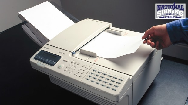 fax-machine-national-signing-day-college-football-recruiting.jpg