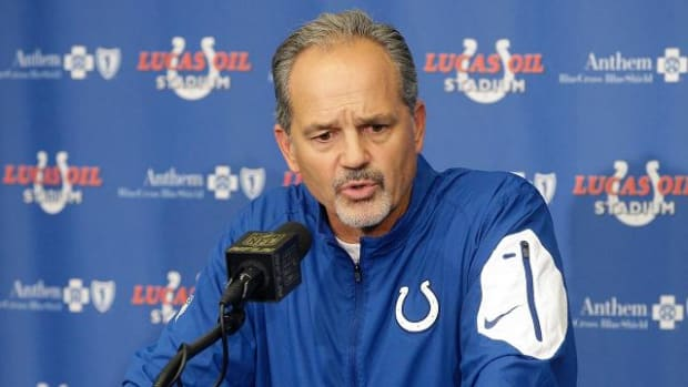Colts coach Chuck Pagano blames himself for failed play vs. Patriots - IMAGE