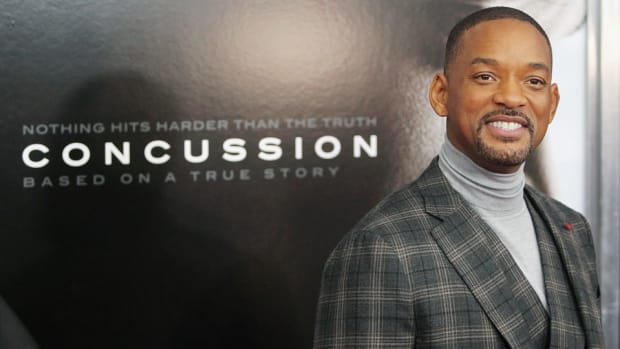 concussion-movie-free-admission-nfl-players.jpg