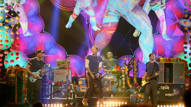 super-bowl-halftime-act-coldplay.jpg