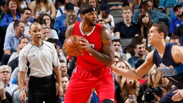 Report: Clippers' Josh Smith argues with coach following loss to Raptors--IMAGE