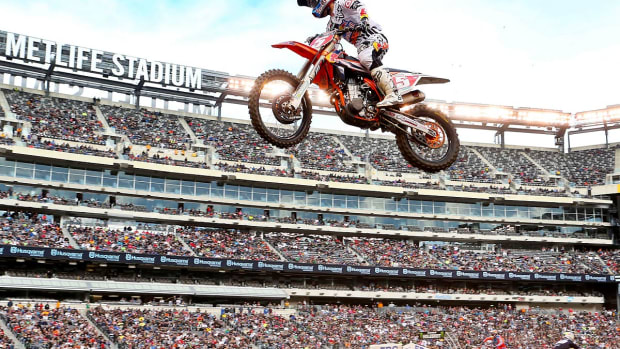 0-lead-Supercross-Metlife-A21P8344.jpg
