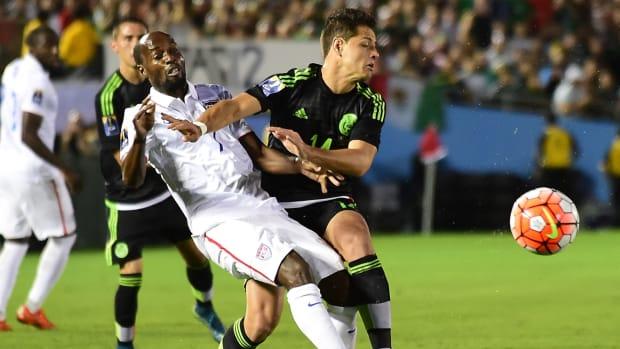 chicharito-goal-usa-mexico.jpg