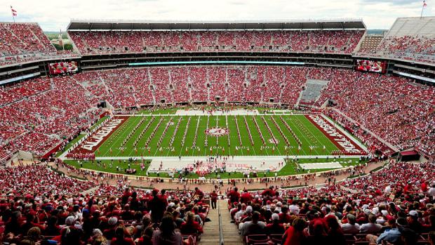 college-football-week-3-tv-schedule-channel-listings-live-stream-info.jpg
