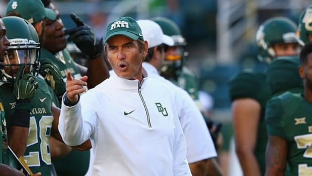 After sideline incident, Baylor at center of controversy again; Stanford hits stride