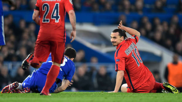 zlatan-ibrahimovic-red-card-psg-chelsea-champions-league-2015
