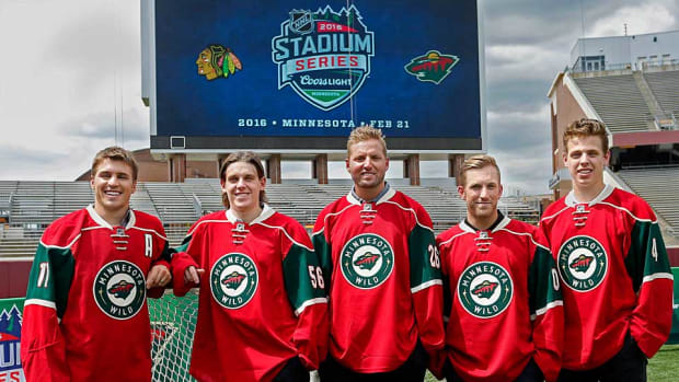 Minnesota-Wild-Stadium-Bruce-Kluckhohn.jpg