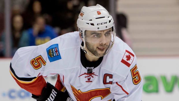 mark-giordano-contract.jpg