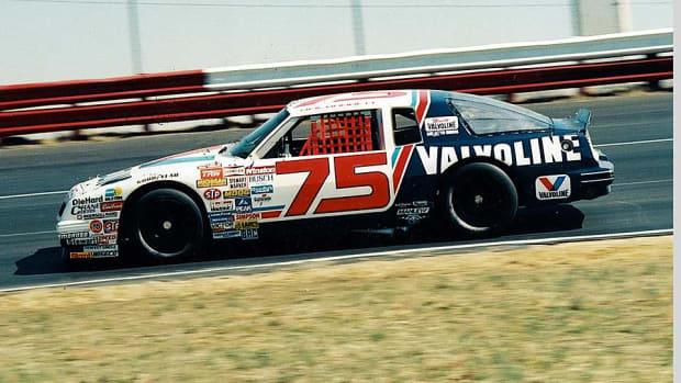 Neil-Bonnett-RacingOne.jpg
