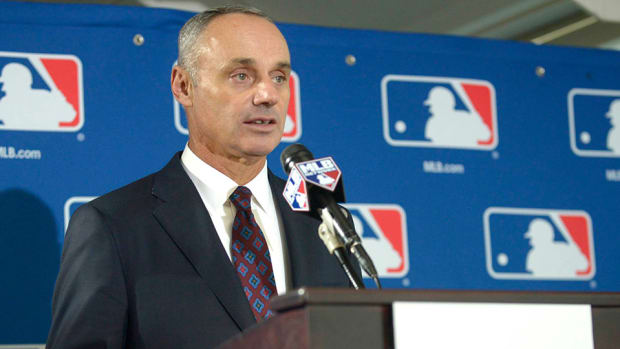 rob-manfred-town-hall-expansion-schedule-length-pace-of-play.jpg